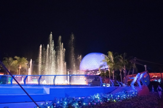 SpaceshipEarthFountain