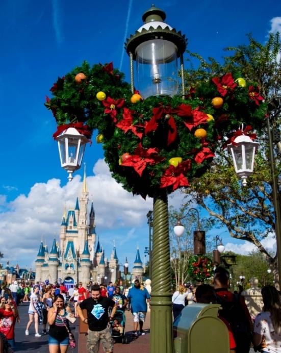 Wreath & Castle